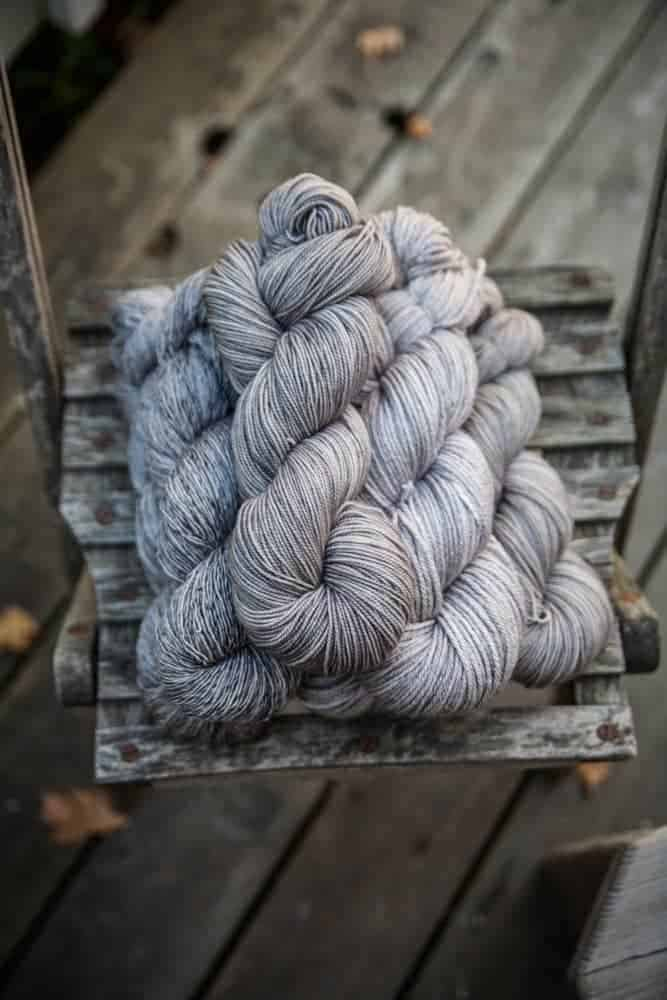 Lutra, Lakes Yarn and Fiber