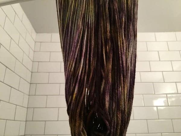 dyeing-lisa-yarn-drying