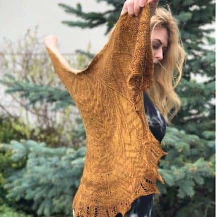 An amber semicircular shawl