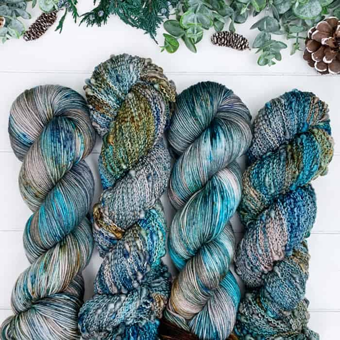 Gray and teal tweedy yarn.