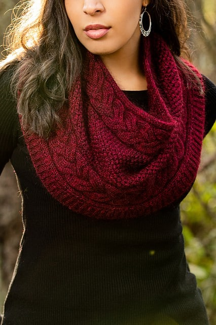 A red cabled cowl.