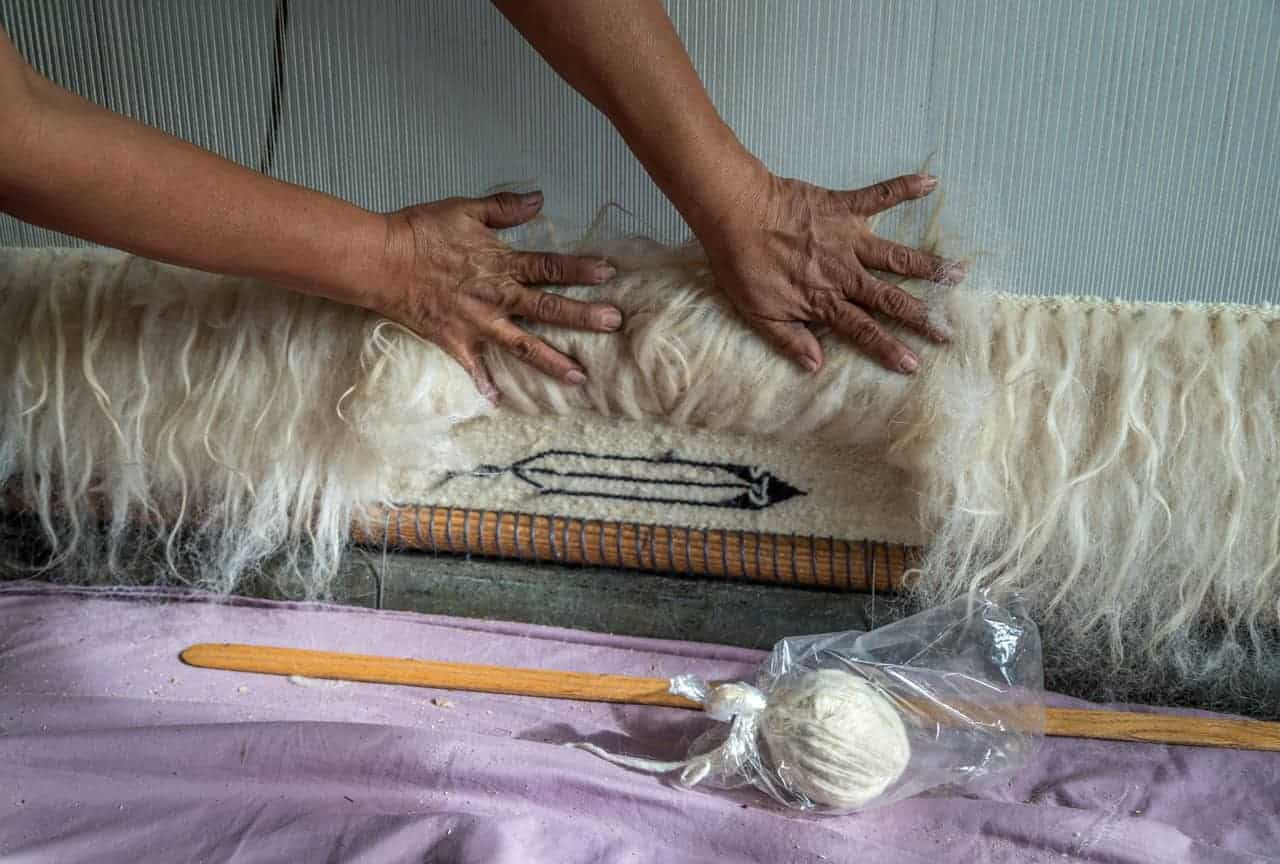 Weaving with raw fleece.